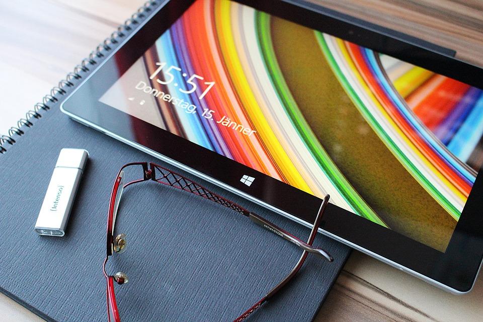 tablet-600649_960_720