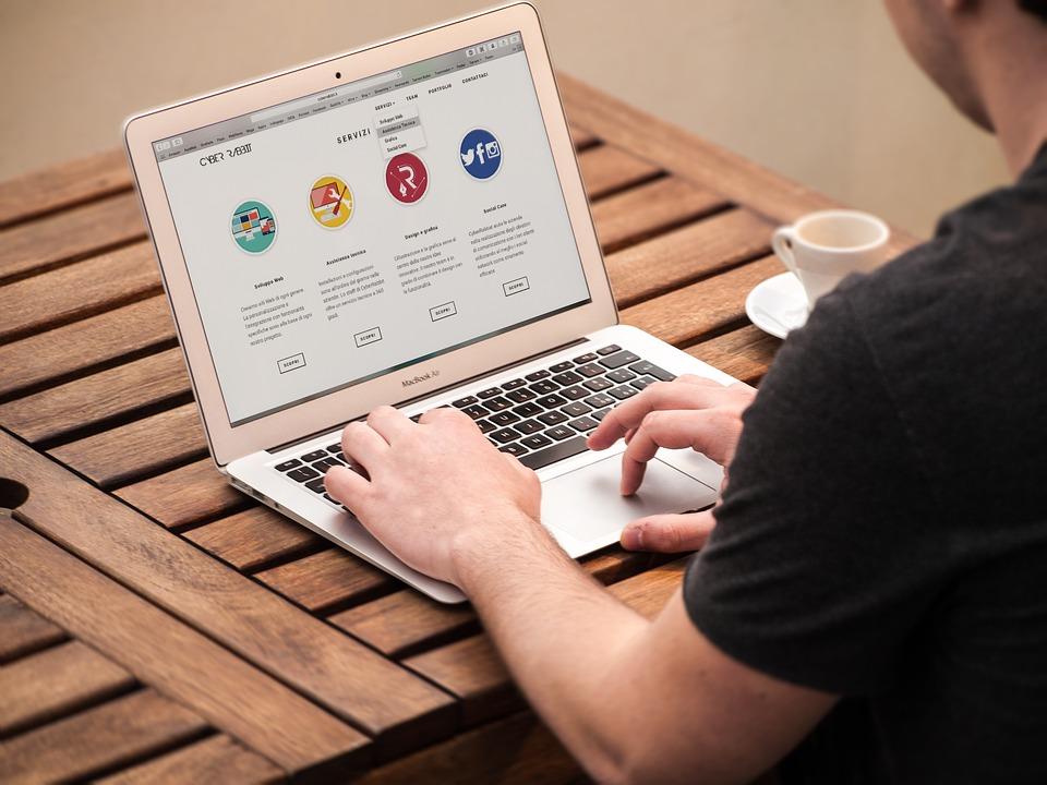 internet plans- typing